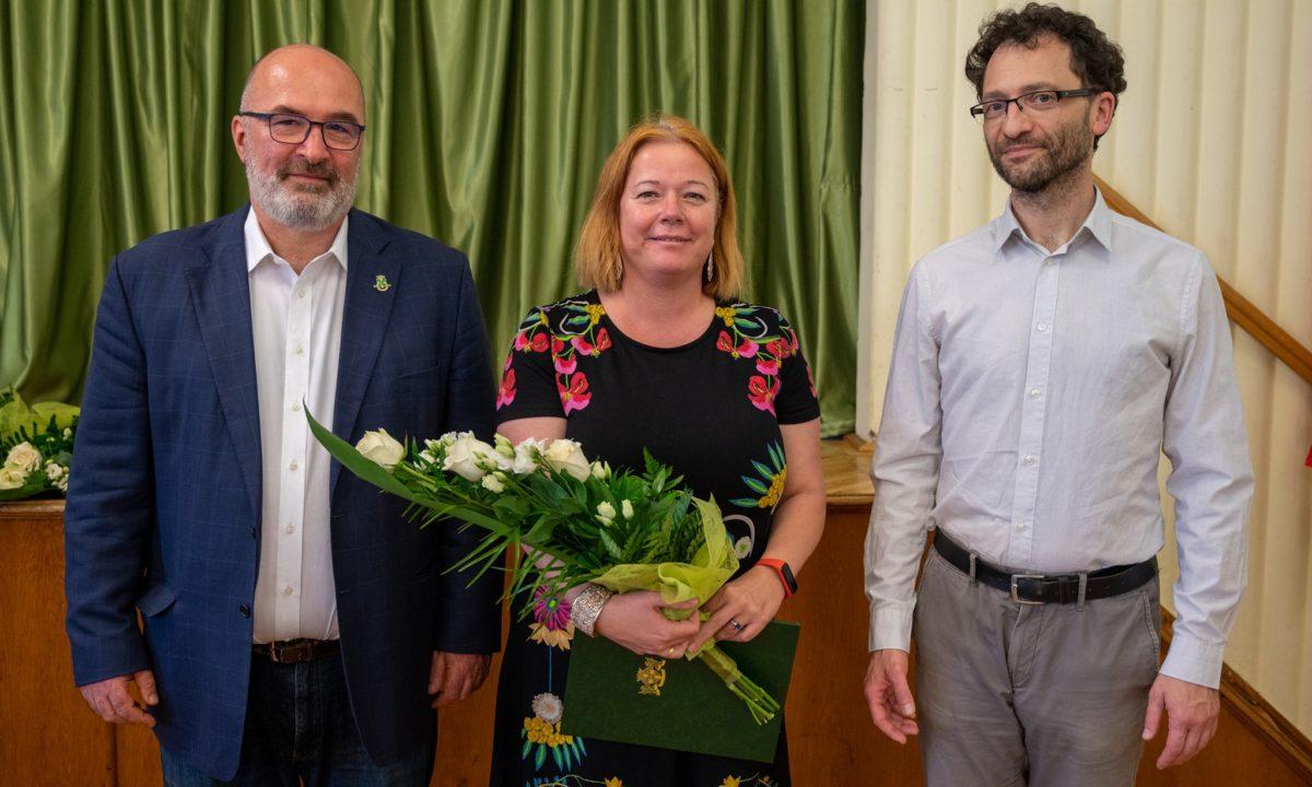 Polgármesteri kitüntetés Lehoczki Lászlónénak